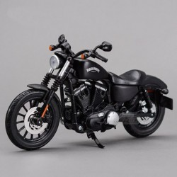 Model HD Sportster Iron 883 1:12