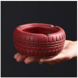 Popelník tire červený