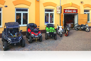 7d5b0e1f3df Moto prodejna MTT Brno Husovice